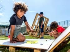 Kinderen kunnen zich de hele vakantie uitleven bij Kidsbouwdorp in Schiedam