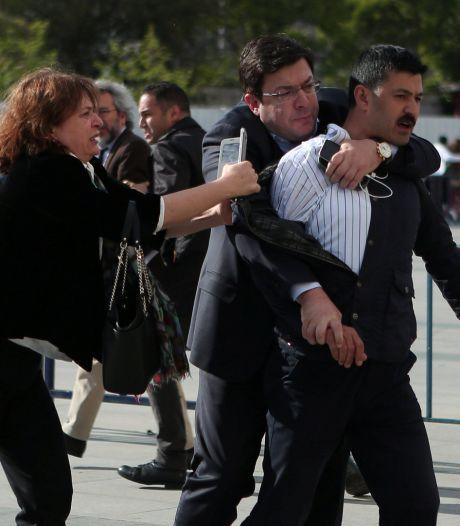 Un journaliste turc échappe à une attaque armée devant le tribunal