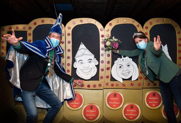 Carnaval 2021 gaat niet door en dus blijven John Bosch en Leonie van Mourik een jaar langer het prinsenpaar.