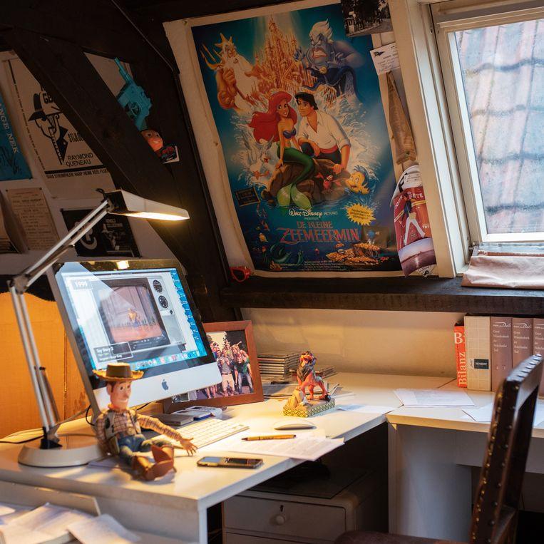 Het kantoor aan huis van Arnold Gelderman in Loenen aan de Vecht.  Beeld Sabine van Wechem