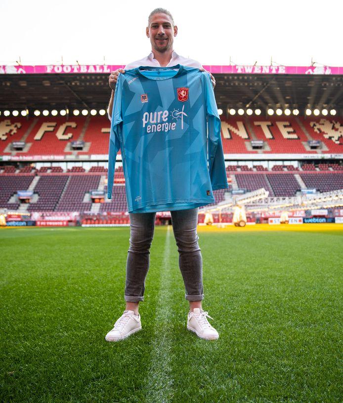Lars Unnerstall vanmiddag in De Grolsch Veste, de thuishaven van FC Twente.