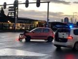 Auto's botsen op elkaar in Oldenzaal