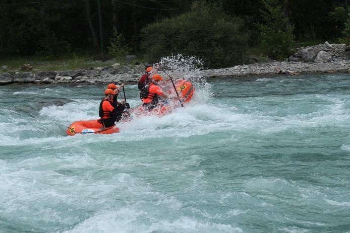 De vaar foto van de zijkant (heren team) : Roel Bakker (links achter in de boot) Bart Peeters (links voor) Bart Roelofs (rechts voor) Thijmen de Vree (rechts achter)