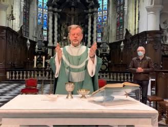 """Onze-Lieve-Vrouwkerk zendt eucharistievieringen live uit op YouTube: """"Niet alleen om coronacrisis te overbruggen, maar ook de toekomst"""""""