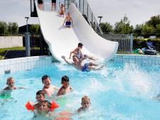 Zwembad overweegt om buitenbad te openen, maar zwemles is nog te koud