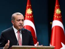 Turkije pakt nog eens 120 militairen op vanwege coup