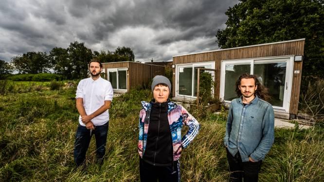 Na twee jaar en negen maanden staan bewoners tiny houses (weer) op straat: 'Dit is toch wel verdrietig'
