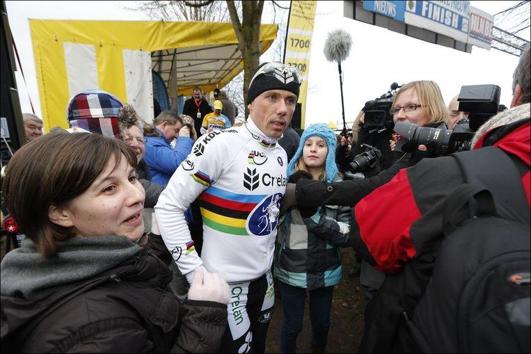 Sven Nys mocht op heel wat belangstelling rekenen. Beeld PHOTO_NEWS