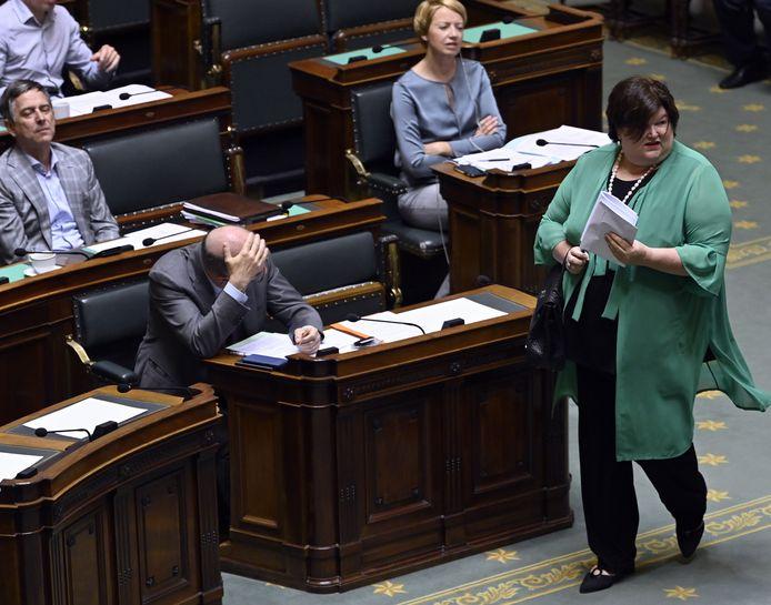 Minister van Volksgezondheid Maggie De Block (Open Vld) verklaarde donderdag in de Kamer dat ze volgende maand een sociaal akkoord wil sluiten met de sociale partners in de zorg.