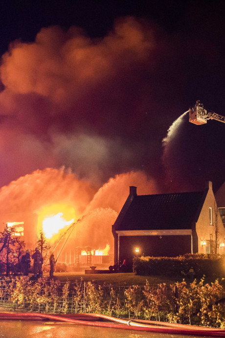 Zes keer was er brand bij boer Gert, woensdag staat hij voor de rechter. Hoe zat het ook alweer?