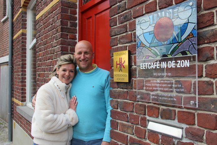 Maaike en Thomas hebben Eetcafé In De Zon op het Kwaremontplein overgenomen.