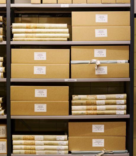 Vertrouwelijke dossiers op straat? Ophef om archiefdozen bij oud papier in Wijk bij Duurstede