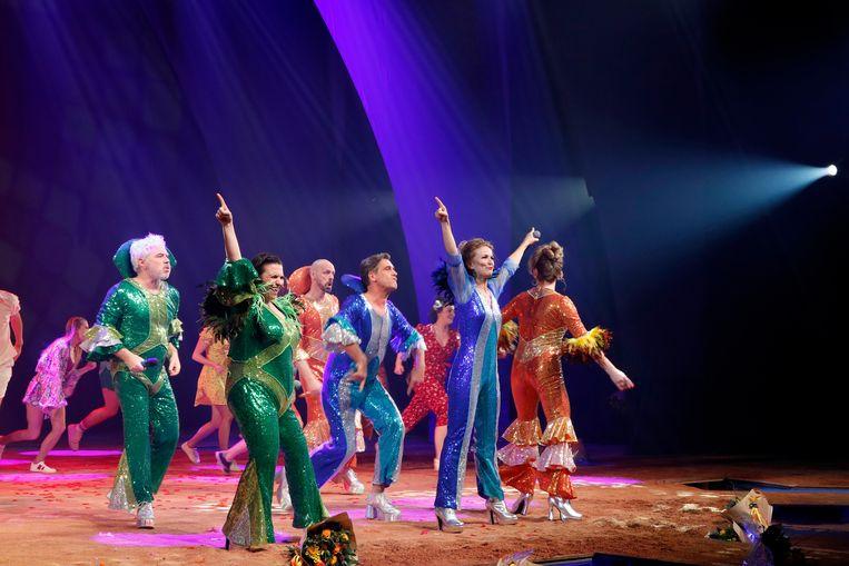 De musical 'Mamma Mia!' ging vorig jaar in première en herneemt nu. Beeld Kristof Ghyselinck