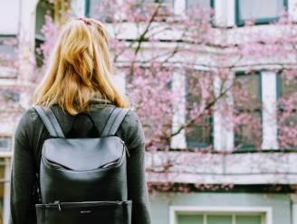 Waarom een rugzak dé handtas van 2021 is