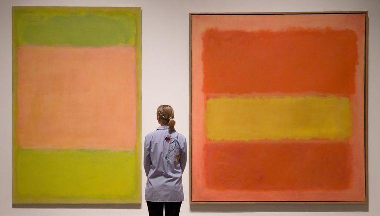 'Untitled, 1954' en 'Untitled, 1949' door Mark Rothko. Beeld null