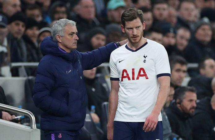 José Mourinho avait laissé Jan Vertonghen et Toby Alderweireld sur le banc au coup d'envoi. Seul Vertonghen est monté au jeu à la 81e minute, en remplacement de Ben Davies.