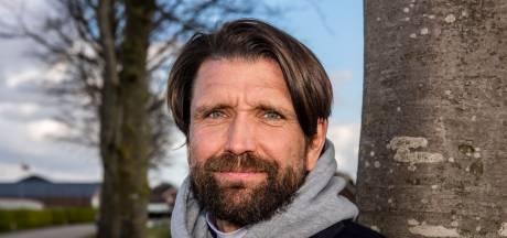 'Terrortrainer' Peter Hyballa zorgt voor enorme ophef in Denemarken: 'Mijn moeder belde huilend op'