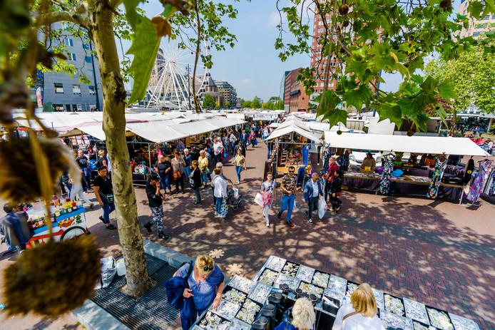 De markt op zaterdag aan de Binnenrotte.