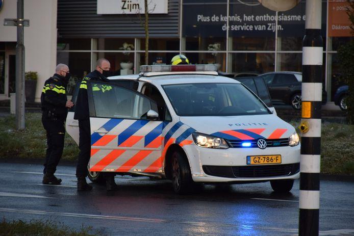 Een vrouw is aangehouden op de Nieuwe Dukenburgseweg in Nijmegen omdat ze meer alcohol had gedronken dan de toegestane hoeveelheid.