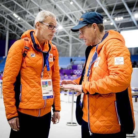Jillert Anema in gesprek met Arie Koops (links).