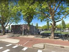 Politie grijpt in bij voetbalsupporters Ajax en Feyenoord na amateurwedstrijd in Amsterdam