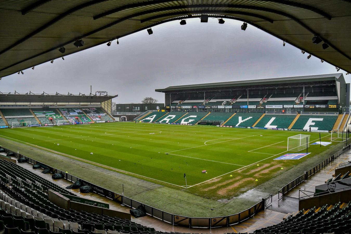 Home Park, het stadion van Plymouth Argyle.