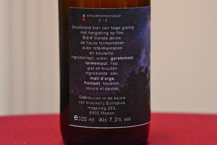 Voorstelling Sint-Maarten in Zonnebeke met een nieuw Sint-Maartensbier - achterkant van de fles met het etiket