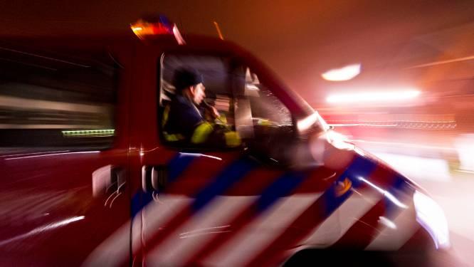 Twee voertuigen vliegen in brand in Groningen: mysterieuze tekst op één auto