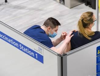 1 op 25 Britse opgenomen coronapatiënten belandde  in ziekenhuis ondanks inenting