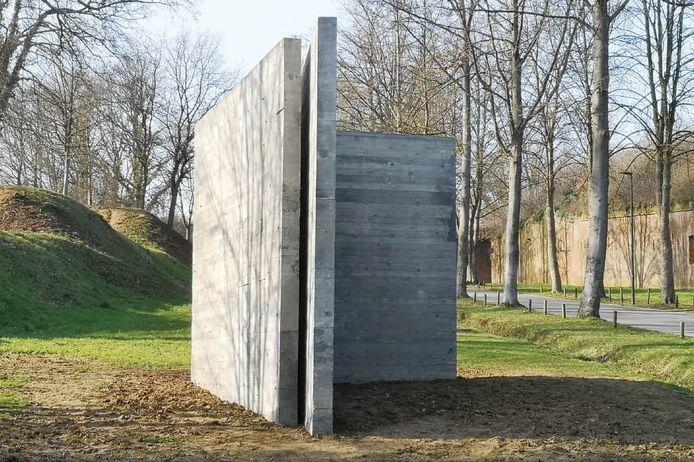 Blind Spot Diest staat vandaag trots als een betonnen wachter aan de oprijlaan van de citadel.