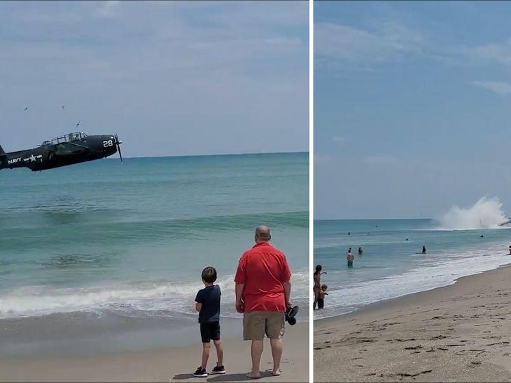 Strandganger filmt bommenwerper die noodlanding maakt op zee