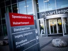 Coronadrukte in het Albert Schweitzer ziekenhuis: spoedhulp geregeld overbelast