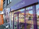 Deze lingeriezaak in Baarle is nog open, maar krijgt nog nauwelijks volk over de vloer.
