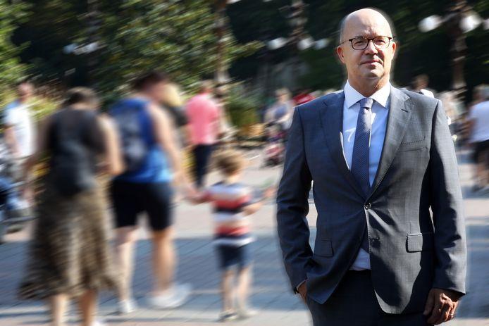 De uitbreidingsplannen van directeur Fons Jurgens zijn ingehaald door de tijd. Niet de rechter, maar corona, zorgt nu voor uitstel.