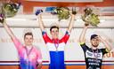 Het podium van het NK mannen van vorig jaar: winnaar Fabio Jakobsen, met links van hem Moreno Hofland en op rechts Bas van der Kooij.