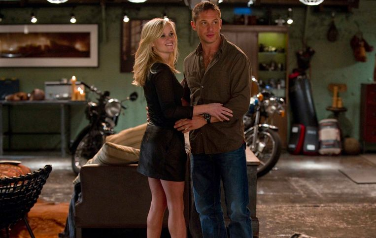 Reese Witherspoon en Tom Hardy in This Means War. Beeld