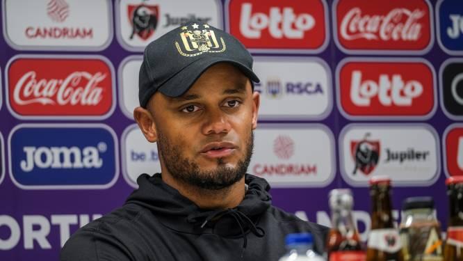 """Kompany als coach voor eerste Clásico mét publiek: """"Druk is wellicht groter voor ons... Maar dat kan snel keren"""""""