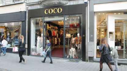 """Tegen jaareinde verlaten weer twee kledingwinkels Antwerpsestraat: """"Er is hier te weinig passage"""""""