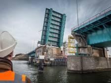 Haringvlietbrug tijdelijk afgesloten voor hoge schepen