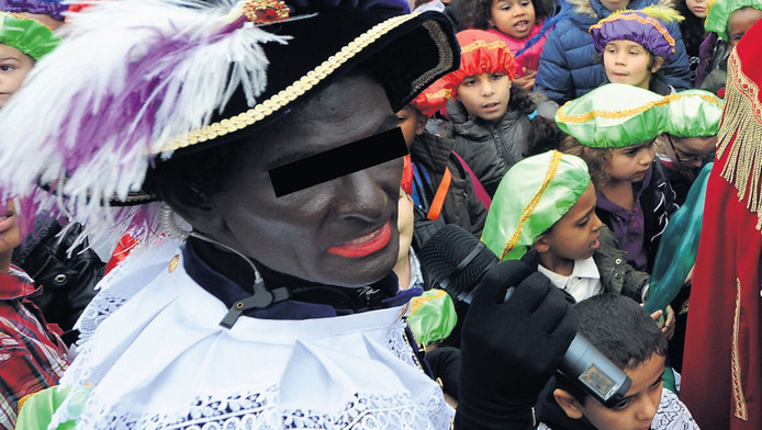 de veroordeelde pedofiel trad op Sintercity 2011 op als Zwarte Piet.
