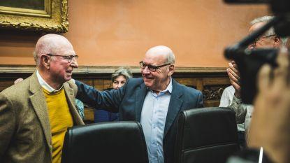 Gentse gemeenteraad neemt met staande ovatie afscheid van burgemeester Termont