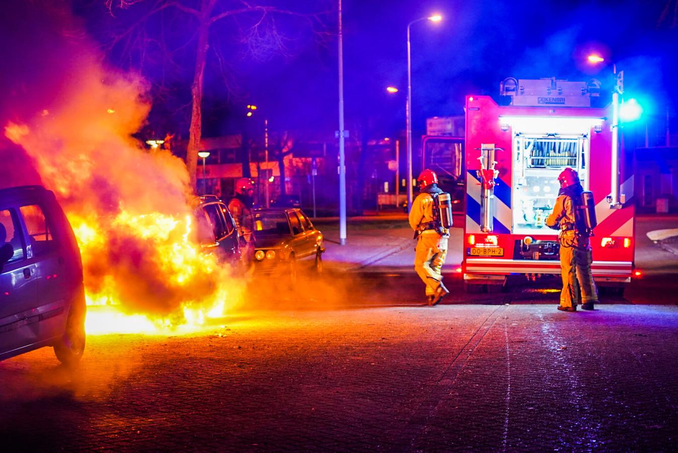 Auto uitgebrand in Eindhoven.