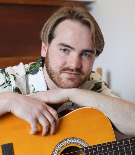 Op de energieke gitaarpop van Max Horák kun je niet stil blijven zitten