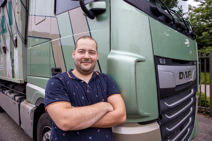 Door het kordate optreden van vrachtwagenchauffeur Bjorn van Gool uit Ruurlo was er dinsdagmorgen na een ongeluk op de A35 snel weer sprake van een veilige situatie.