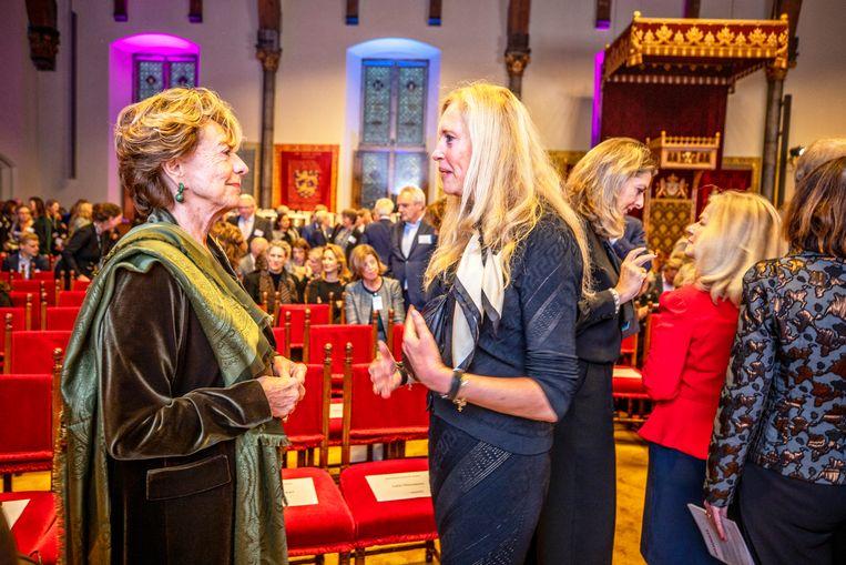 Bijeenkomst van topvrouwen in de Ridderzaal in Den Haag, met onder anderen oud-Eurocommissaris Neelie Kroes (links). Beeld Raymond Rutting / De Volkskrant