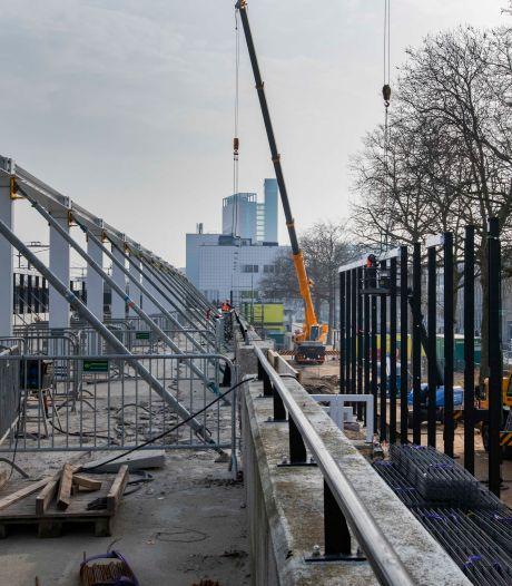 Met tweede fietsenstalling en bijna tien jaar verbouwen heeft Tilburg eindelijk een 'station dat bij een universiteitsstad past'