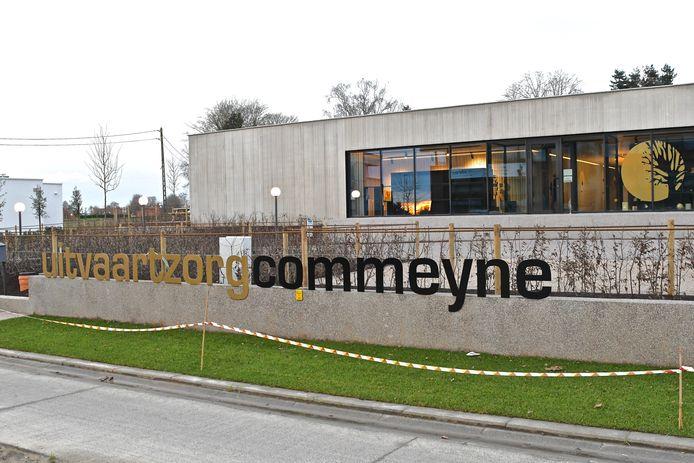 Uitvaartzorg Commeyne vind je voortaan langs de Meensesteenweg.