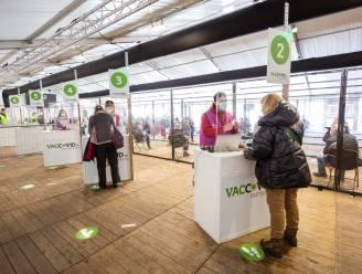Antwerpen opent eerste 'lokaal vaccinatiepunt' voor wie nog geen eerste prik kreeg