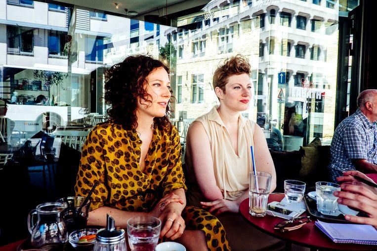 Anaïs Van Ertvelde (r.) en Heleen Debruyne.  Beeld Stefaan Temmerman