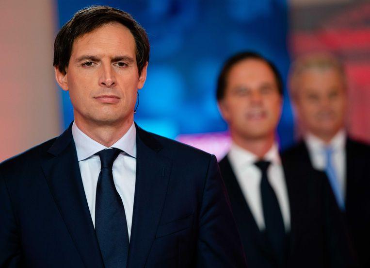 CDA-lijsttrekker Wopke Hoekstra voorafgaand aan een tv-debat met Mark Rutte (VVD) en Geert Wilders (PVV). Beeld ANP